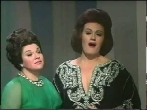 Bellini: Mira, o Norma