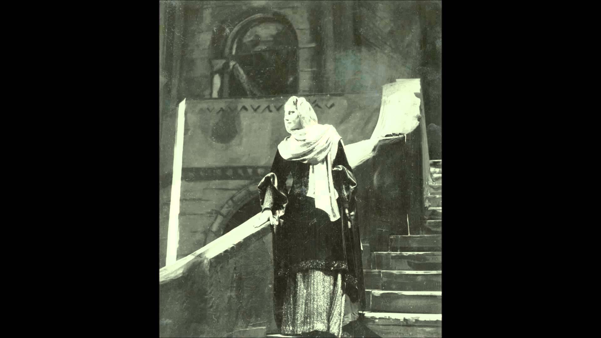 "Giuseppe Verdi: The Sleepwalking Scene from ""Macbeth"""