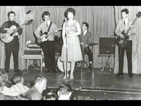 """Patsy Cline sings """"You Belong to Me"""" and more"""